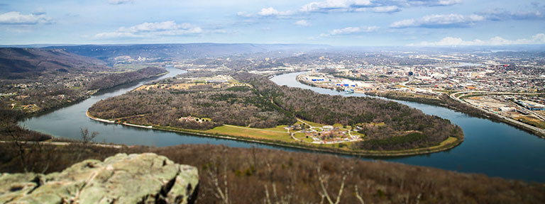 Chattanooga landscape photo featuring the Tennessee River